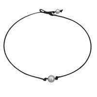 collar de gargantilla de perlas cultivadas al por mayor-Simple Chic Collar de perlas cultivadas individuales Perlas de imitación Gargantilla Collar Cordón de cuero negro Joyas Regalos de mujer