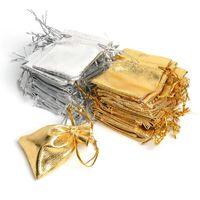 organze bagstring çanta gümüş toptan satış-İpli Parti Ile 100 Adet Gümüş Ve Altın Organze Çantalar Düğün Favor Hediye Çanta Şeker Küpe Takı