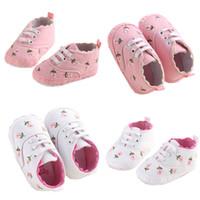 kinder erste wanderschuhe großhandel-0-18 Monate Erste Wanderer Kleinkind Kind Baby Mädchen Floral Bestickte Weiche Schuhe Für Neugeborene Wanderschuhe
