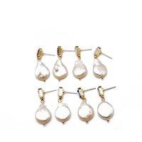 barocke perlenohrringstollen großhandel-Freies Verschiffen Barock Teardrop Perle Geometrische Glassteinen Vier Farben Niedlichen Design Bolzenohrrings Für Frauen