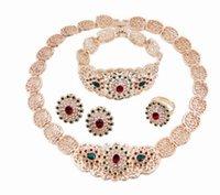 aretes de oro al por mayor-Los preciosos pendientes de collar de oro de alta calidad de cristal de diamante de alta calidad con forma de dama de la flor establecidos 25dre