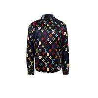 nuevas camisas de patrón de los hombres al por mayor-Nueva camisa de diseñador de estilo europeo y americano, con estampado de color, camisa de vestir de los hombres delgados camisa casual de los hombres Medusa