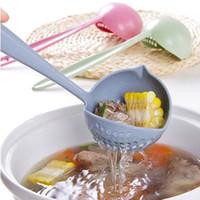 colador de sopa al por mayor-Venta caliente 2 en 1 Cuchara de sopa de mango largo Colador de cocina Colador de cocina Cuchara de plástico Cuchara Vajilla