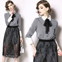 ingrosso giù in basso-2 pezzi Set Bow Tie Women Suit Turn Down Collar Camicia Mesh Lace Withshort Bottom Summer Office Lady Patchwork casual