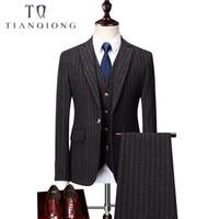 платья с вертикальной полосой оптовых-Men Ceremony Suit Slim Fit Vertical Stripes Suits Blazer Vest Pants for Tuexdos Dress Suits Groom Wedding Jacket Coats S-6XL