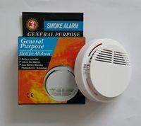 alarmas de incendio inalámbricas gratis al por mayor-Sensor de alarma de incendio estable de alta sensibilidad operado por un sistema de detector de humo inalámbrico blanco adecuado para la detección de DHL libre