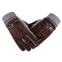 guantes de cuero al por mayor-Invierno engrosamiento ciclismo guante antideslizante a prueba de viento térmico cálido guante moto motocicleta para hombre guantes de conducción de cuero # 288132