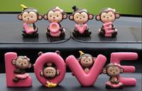 ingrosso bambole di decorazione della scimmia-Full Werk Creative Cute Monkeys Love Dashboard Decorazioni Car Home Office Ornam