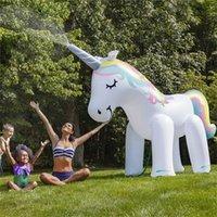 agua pulverizada con aire al por mayor-Unicornio de agua disperso juguete El césped juego de aire inflable PVC de los niños al aire libre de verano para nadar piscina creativa 93 1FY f1