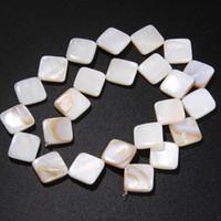 contas brancas de casca plana venda por atacado-14 milímetros Natural White Cube shell espaçador Beads DIY plana solta água doce Nugget madrepérola Shell Beads para a jóia fazer presentes
