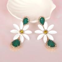 ingrosso grandi fiori bianchi-Boemia Big White Daisy Flower Crystal ciondola gli orecchini con gocce d'acqua regalo di gioielli festa delle donne di festa di moda