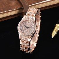 uhr kleid voller diamant großhandel-Heiße Art und Weise Frauenentwerfers Luxusuhr Quarz Art und Weise voller Diamanten Roségold Kleid Designer Dame Uhren Mädchen Student Weihnachtsgeschenk beobachten