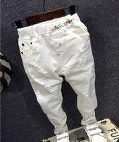 bebek kot modası toptan satış-Çocuklar Broken Delik Pantolon Pantolon 2018 Bebek Boys Jeans Marka Moda Sonbahar 2-7Y beyaz Çocuklar Pantolon Çocuk Giyim AQ811