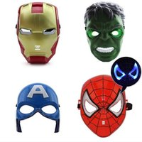 ingrosso giocattolo faccia dell'uomo di ferro-LED Luminescence Mask Super eroe Hulk / Capitano americano / Iron Man / Spiderman Party Halloween Costume Maschera giocattolo per bambini A2254c