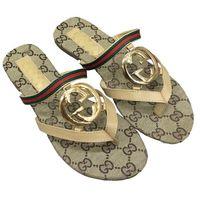 zapatos impermeables de diseñador al por mayor-2019 zapatillas de playa marca de diseñador zapatillas de playa sandalias planas de verano zapatillas sandalias impermeables para mujer zapatos de diseñador