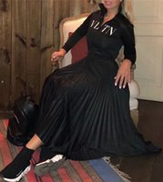 frauen kleiden ärmel stile großhandel-Designer Frauen Kleid Schwarz Stehkragen Lange Ärmel Falten Lange Womne Kleid Brief Drucken Reißverschluss Celebrity Style Dress