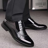 zapatos de goma transpirable para hombre al por mayor-Zapatos de lujo OXford de los hombres de negocios de cuero transpirable zapatos de goma vestido formal fiesta de la oficina masculina boda mocasines