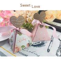 süßigkeiten-box rosa großhandel-Wedding Flower Candy Case Papery Teilen Die süße Zeit Geschenkbox Pyramide Rosa Seidenband Kreative Verpackung