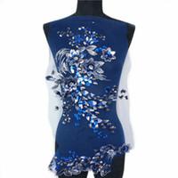 guarnição de strass azul venda por atacado-Tecido azul 3D Flores Contas Contas de Lantejoulas Strass Apliques Bordados Guarnições Do Laço de Malha Costurar Em Remendo Para O Casamento Vestido de Noite Decoração