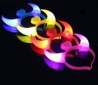 ingrosso corna del diavolo la luce-Notte luminosa Luce Stereo Corna da diavolo Orecchie Forcelle da donna Fascia per capelli che emette lampada corno Decorazione festa di Halloween