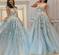 vestido de fiesta azul cielo al por mayor-Fairy Light Sky Blue Evening Dreses El más nuevo árabe A Line Profundo V Cuello pétalo Apliques Vestidos largos para fiesta Vestidos de fiesta Vestido de tallas grandes
