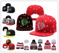 ingrosso berretti rossi neri-Chicago Blackhawks Hockey su ghiaccio in maglia berretti ricamo cappello regolabile ricamato Snapback Caps nero bianco rosso grigio cucito cappelli