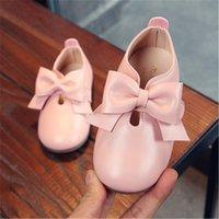 zapatos de lazo rosa para niños al por mayor-Primavera 2019 del bebé muchachas del niño del vintage T-Correa Pisos niños pequeños zapatos de cuero genuino arco Pisos niños vestido blanco rosa