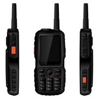 домофон для телефона оптовых-Оригинальный 3800 мАч у А18 защиты IP67 прочный водонепроницаемый телефон GPS андроида в режиме РТТ сети 3G домофон с GSM старший старик мобильный телефон мини ф22 F25 привод датчика