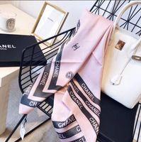 bufandas de seda de marca al por mayor-2019 Buena Calidad Diseñador europeo clásico para mujer marcas Imprimir bufanda de seda elegante Ladies Wrap bufandas tamaño 180x90cm W001