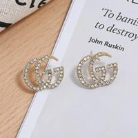 küp ağları toptan satış-19 sıcak Kore versiyonu rhinestones trendi 925 gümüş iğne net kırmızı mektuplar elmas saplama küpe basit mizaç küpe