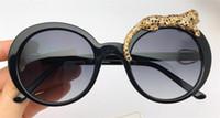 Wholesale round sunglasses online - New fashion designer sunglasses round frame simple popular style uv400 protection eyewear top quality