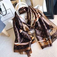 ingrosso sciarpa di stampa del leopardo blu-Sciarpa di seta primavera 2019 donne calde lettera scialle sciarpa moda collo lungo anello regalo di Natale all'ingrosso 180x90cm