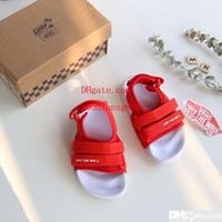 ingrosso sandalo rosso bambino-Sandalo di moda bambino per bambino scarpe estive sandali deisgner bambino rosso sandalo a piedi nudi inviare con scatola