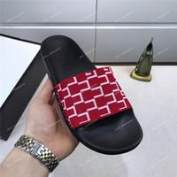hombres de tanga delgada al por mayor-Sandalia de cuero para mujer Hombres Zapatillas de lujo de Desinger Moda Chanclas negras finas Zapato de marca Ladie Zapatos beige Sandalias Zapatos de aletas
