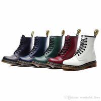 botas para motocicletas venda por atacado-Mulheres Botas de Couro Genuíno Tornozelo Martens Botas para As Mulheres Casuais Dr. Motocicleta Sapatos de Pele Morna Inverno Casal Sapatos Zapatos Botas Mujer