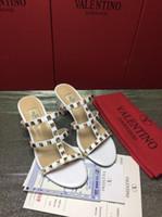 ingrosso migliori scarpe sexy donna-alta qualità 2019 New Top Best Classic borchiati sandali di marca donne sandali sexy scarpe di cuoio di alta qualità shippin gratuito