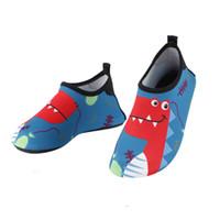 sapatos de jacaré vermelho venda por atacado-Crianças Jacaré Vermelho Dos Desenhos Animados Sapatos de Água Meninos Meninas chinelos interior crianças sola macia infantil bebê água natação sapatos de surf