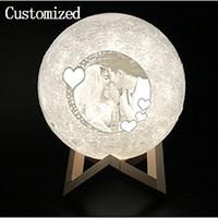 nachtlampen hochzeit großhandel-BENUTZERDEFINIERTE LED-Tischleuchten Moon Night Light Einfache Innenbeleuchtung Living Study Lampe BENUTZERDEFINIERTE Lampen Kreativität Hochzeit Geburtstagsgeschenk Anpassen