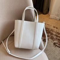 sevimli çanta desenleri toptan satış-Mini Tasarımcı Çanta Lüks Çanta Çantalar Kadın Deri Mini Çanta Sevimli Çanta Moda Boyutu 22 cm yeni varış basit desen sıcak