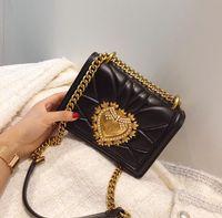 ingrosso sacchetto di crossbody della perla-2019TekiEssica Plaid catena di cuoio di lusso Gold Pearl fibbia cuore di pietra Alligator Satchels Donne Crossbody Borsa a tracolla piccola Totes