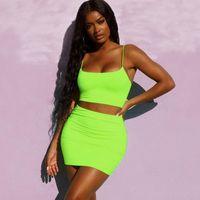 jupes vertes achat en gros de-Streetwear set néon vert deux pièces pour les femmes l'été correspondant vêtements top top et biker shorts jupe femmes néon tenues 2 pièces