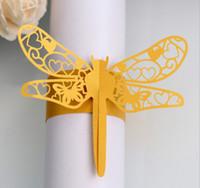decorações da libélula para casamentos venda por atacado-2019 Laser oco out forma de libélula Design perolado guardanapos de papel anéis de casamento partido Serviette decoração de mesa