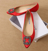 Wholesale women flat loafers resale online - New Fashoin Woman Shoe Ladies Flat Female Trend Women Shoes Casual Shoes Elegant Rhinestone Pionted Toes Dress Shoes