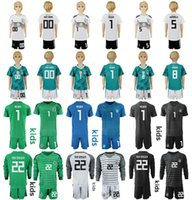 d2de069bd Alemania Juvenil Camiseta de manga larga Set Soccer 5 HUMMELS 9 WERNER 8  KROOS GUNDOGAN 1 NEUER Kits de camiseta de fútbol de portero para niños 2018  2019