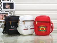 Wholesale shoulder bags for mens for sale - Group buy Designer Shoulder Bag for Women Mens Luxury Handbags New Fashion Brand Cross Body Bag with Letter Printed