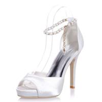 fildişi kristal ayakkabılar toptan satış-Güzel Fildişi Inciler Düğün Ayakkabı Gelin için Rhinestone Sivri Burun Gümüş Yüksek Stiletto Topuklu Kristal Gelin Parti Nedime Elbisesi Ayakkabı T-St