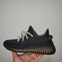 designer sneakers para meninas venda por atacado-2019 Designer Shoes Yecheil Nuvem Branca Kanye West Sapatas Running Zebra fulgor verde Creme Synth Boy Meninas Sneakers