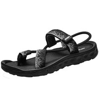 men's sandal al por mayor-Hot Sale-Fashionable Men's Sandals Summer New European Men's Personality Comfortable Sandals, Outdoor Leisure Wading And Light Sandals.