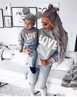 anne kız oğlu toptan satış-Aile Kazak AŞK Tişörtü için 2019 Sonbahar Kış Anne ve Ben Anne Kızı Elbise Aile Giyim Anne Oğul Kıyafetler