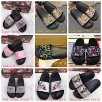 Wholesale sandals slippers outdoors online - Luxury Flip Flop Blooms Tiger Bees Snake Luxury Slide Sandal Summer Fashion Flat Thick Slipper Flip Flop Slippers With Box receipt bag